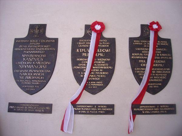 Tablice rtm. Pileckiego i ppłk. Cieplińskiego