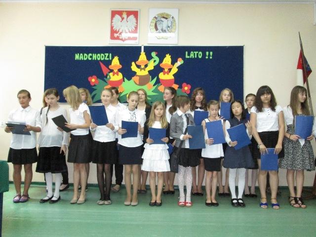 Zakończenie roku w szkole nr 77